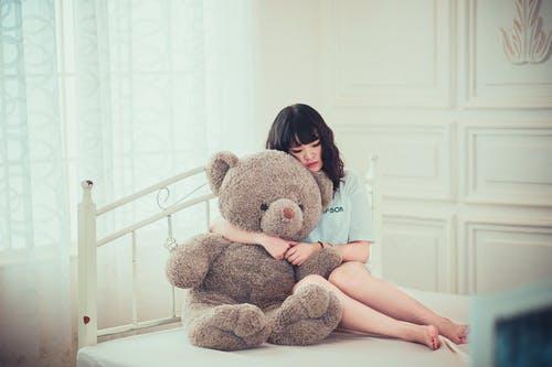 Wat je moet weten over de impact van emotionele verwaarlozing op volwassen relaties